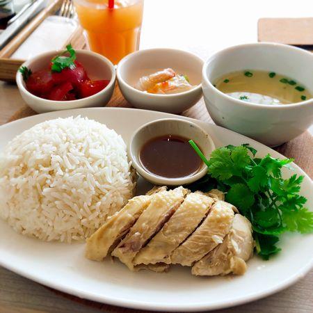 岡山イオンのロケットキッチン海南チキンライス