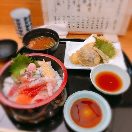 ちらし寿司と天ぷらランチ