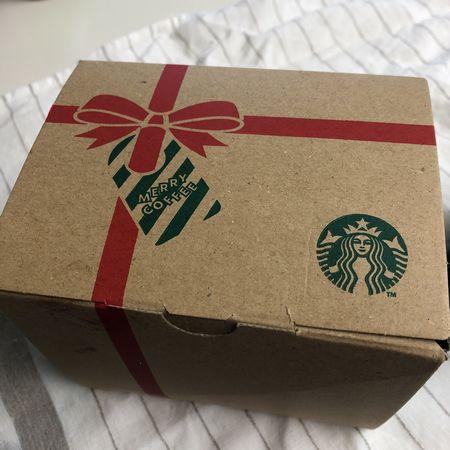 スタバクリスマスパッケージ
