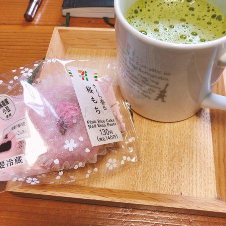 おやつの桜餅