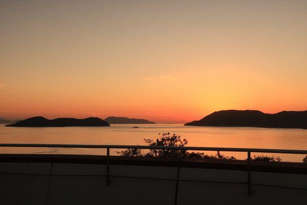 瀬戸大橋からの夕景