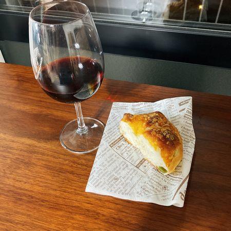 ワインと石窯パン
